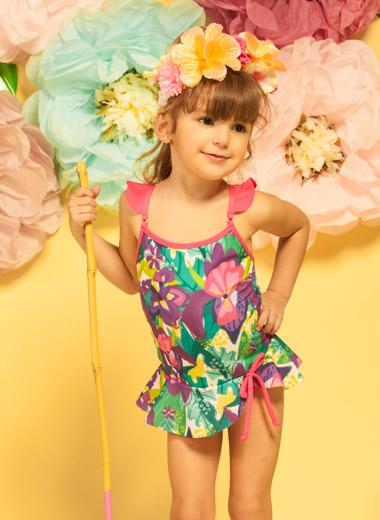 Moda primavera verano 2018 para niñas y niños. Mallas 2018 para niñas.