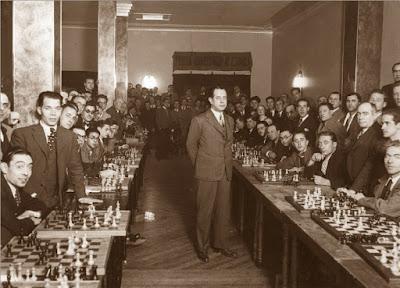 40 simultáneas de Capablanca, 13 de diciembre de 1935