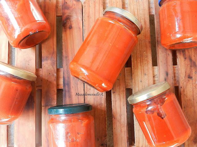 Sauce tomate maison et conservation en bocaux