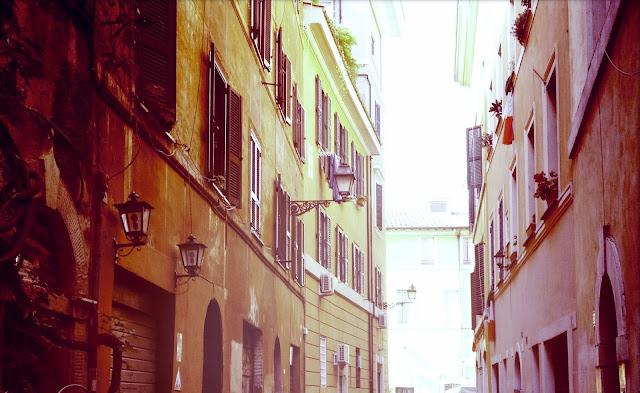 Rooma Trastevere -pikkukuja