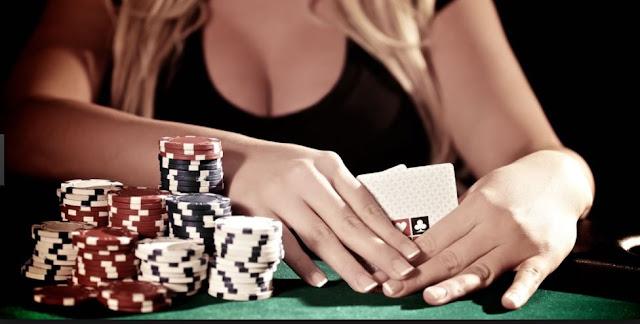 Panduan Dalam Bermain Poker Online