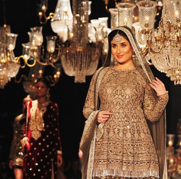 Kareena Kapoor Khan Baby Bump