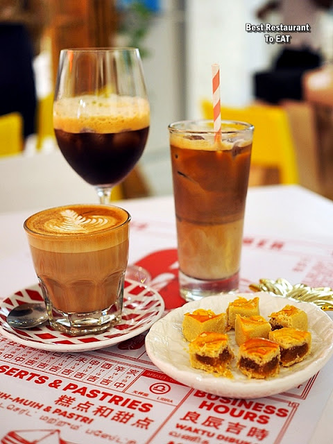 SWEE BEE BY BAKER DAVE Pineapple Tarts Paired With Freshly Brewed Coffee