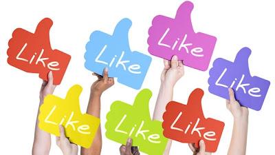 """(CNN) — Cada «me gusta» que das en Facebook podría revelar más de lo que crees sobre tu vida privada. Es posible predecir potencialmente rasgos como la orientación sexual, inclinaciones políticas, religión, inteligencia y estabilidad emocional de una persona, e incluso el abuso de drogas o alcohol, tan solo con analizar los """"me gusta"""" en Facebook, según un nuevo estudio de la Universidad de Cambridge en Gran Bretaña. Dar """"me gusta"""" en algo en Facebook es una forma sencilla, y casi sin sentido, de pasar tiempo en la red social que, dice, tiene más de 1,000 millones de usuarios en"""