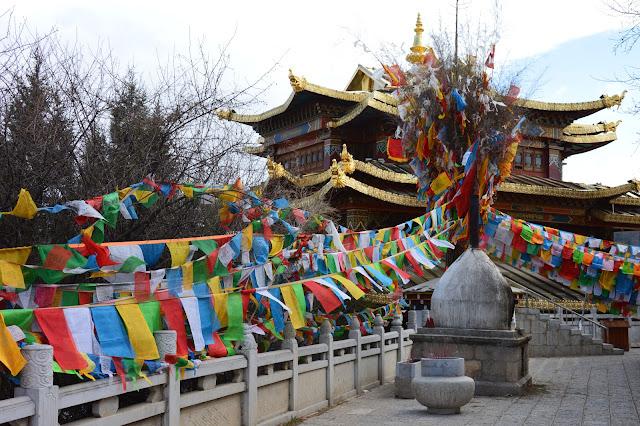 Drapeau de prières à Shangri-La