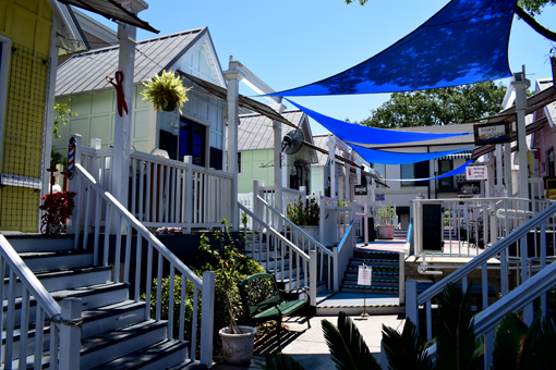Pier Market Village | Photo: Travis S. Taylor