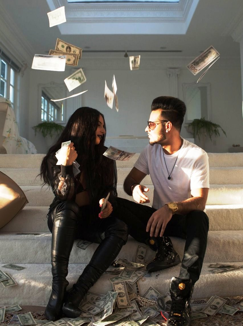 Desi Music Factory's new song 'SnapChat Story' is ruling the hearts