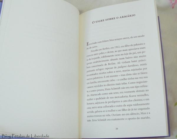 Resenha, livro, Max-e-os-felinos, Moacyr-Scliar, editora-lepm, diferença-edição-bolso-e-capa-dura, fotos, opinião, a-vida-de-pi, diagramacao