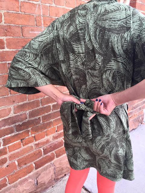 lululemon yoga-haven-kimono wavy