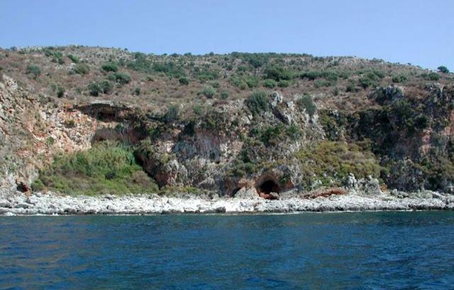 Χίλιοι αιώνες προϊστορίας στη Μάνη: οι πολιτισμοί της Μέσης και της Ανώτερης Παλαιολιθικής