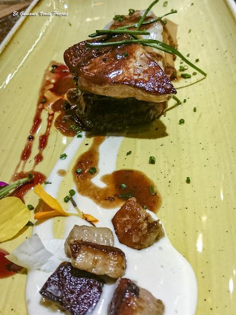 Canelón crujiente de pato - Bilbao Berria Restaurante por El Guisante Verde Project
