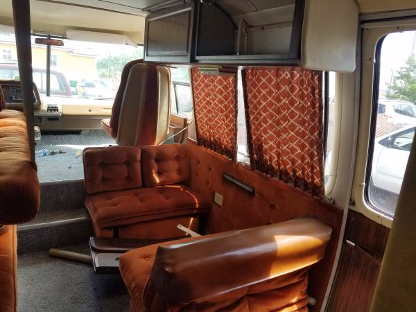 Used RVs One Owner, 1975 GMC Eleganza II For Sale by Owner