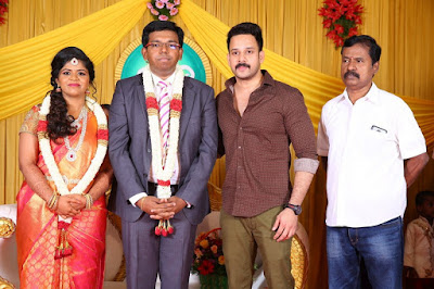 Kumudam-Chitramani-Son-Girirajan-Wedding-Reception