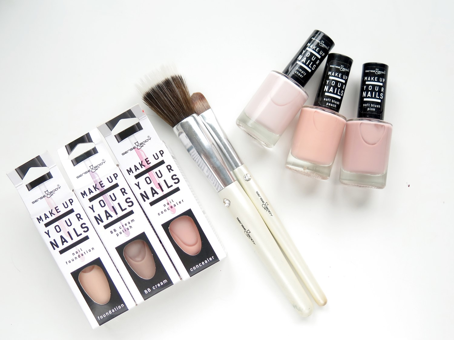 "Lakiery nude ""Make up your nails"" + KONKURS!"