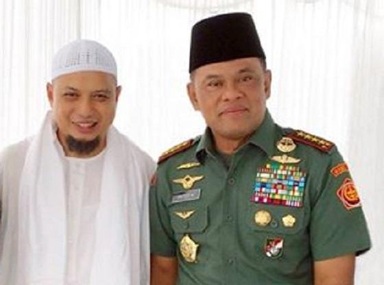 Jenderal Gatot bersama Ustadz Arifin Ilham