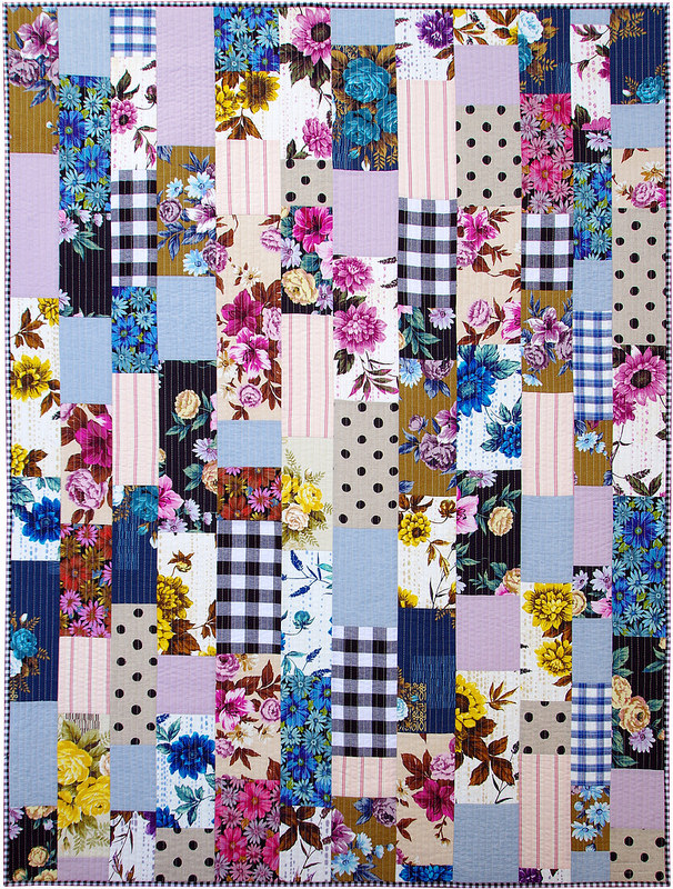 Outback Wife Quilt | A Finished Quilt | © Red Pepper Quilts 2017