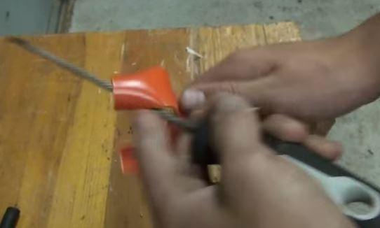 Cách làm súng cao su từ ống nhựa PVC 5