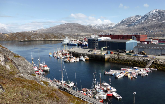 Greenland's dating of China for flight terminal jobs stresses Denmark