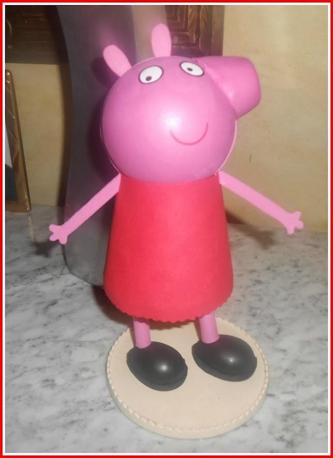 Patrón AMIGURIMI Gratis de Peppa Pig   900x654