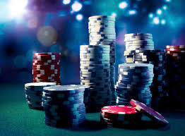 place a small bet when you start playing poker online