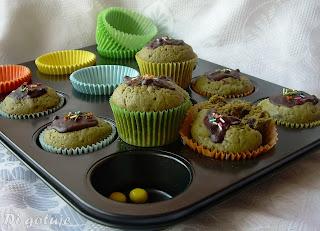 Muffiny z zieloną herbatą, czekoladą i nutą cytryny