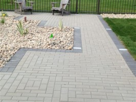 paving stones vs stamped concrete