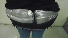Woman arrested in the US for smuggling packages of heroin attached to buttocks