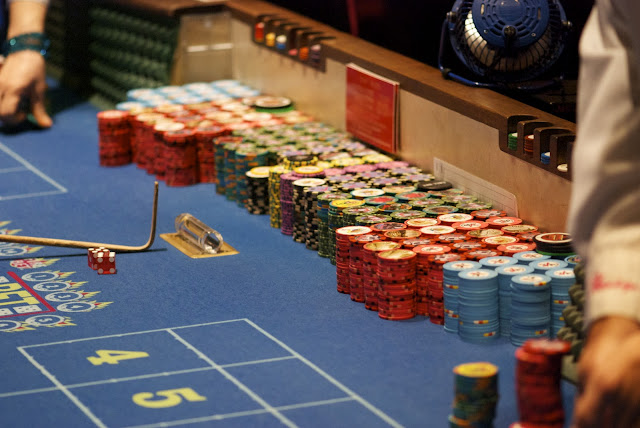 What is the kicker in texas holdem