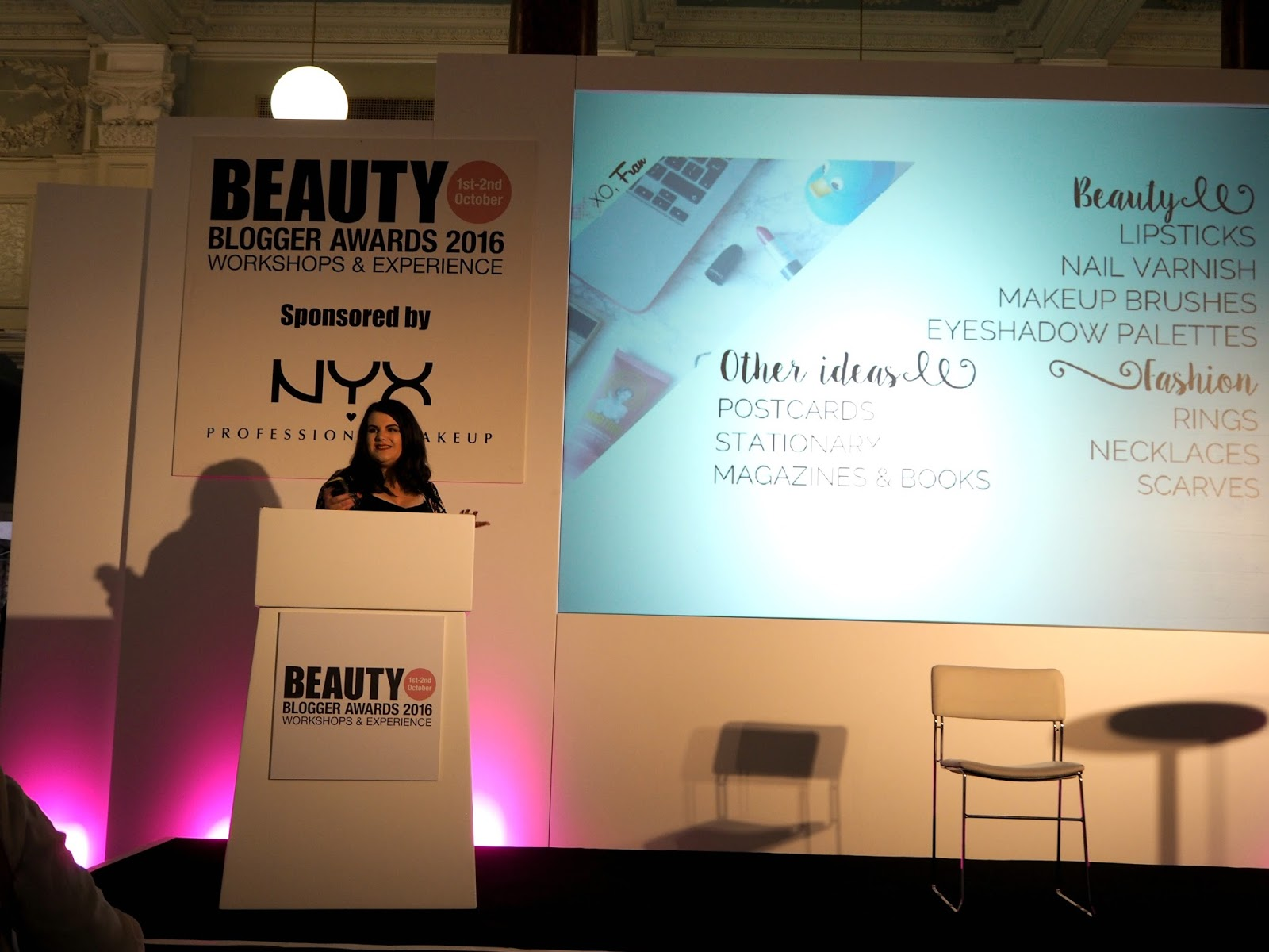 beauty blogger fran presenting at beauty bloggers awards