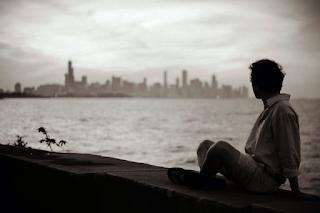 Φοβήθηκα να είμαι μόνος, έως ότου έμαθα να αγαπώ την μοναχικότητά μου