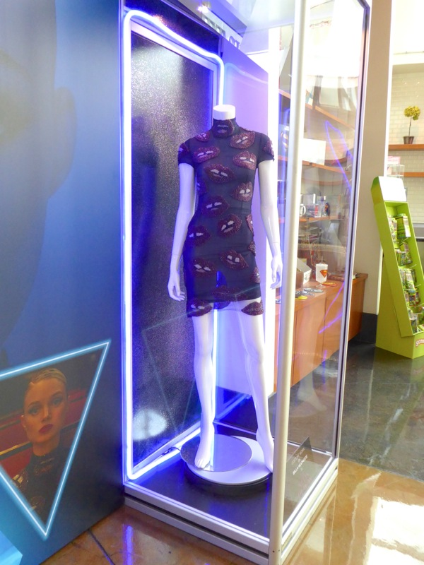 Neon Demon Bella Heathcote movie costume