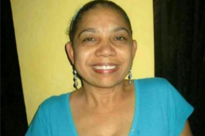 Profesora se suicida de un disparo en el pecho