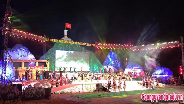 Lễ hội Hoa tam giác mạch Hà Giang 2018