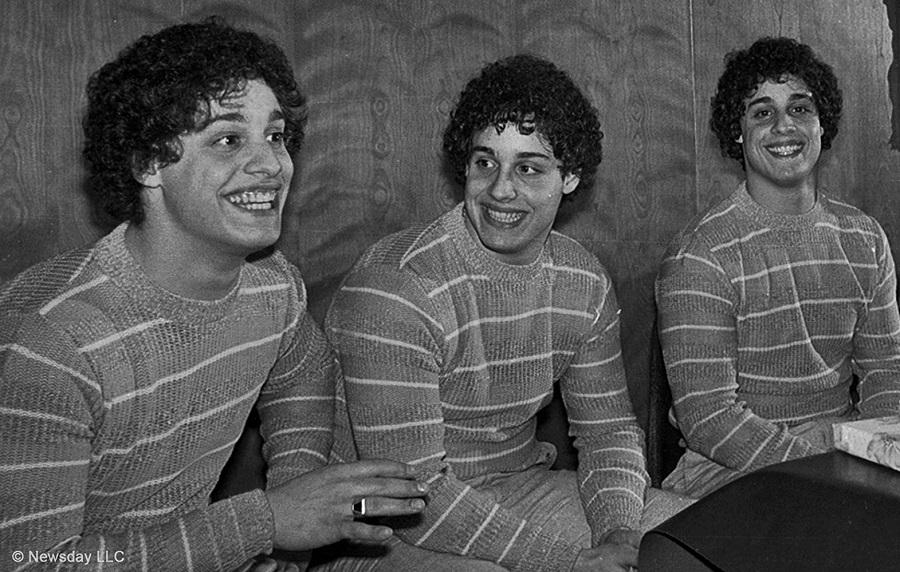 Imagens Três Estranhos Idênticos - Legendado