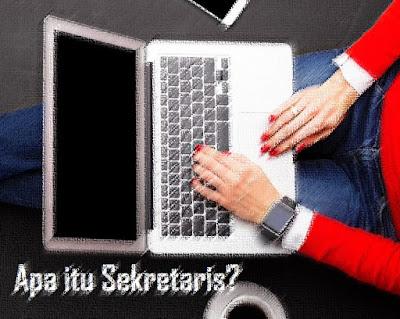 pengertian Sekretaris berasal dari bahasa latin yakni  Gobekasi:  Pengertian Sekretaris, Fungsi, Tujuan, & Jenis Sekretaris