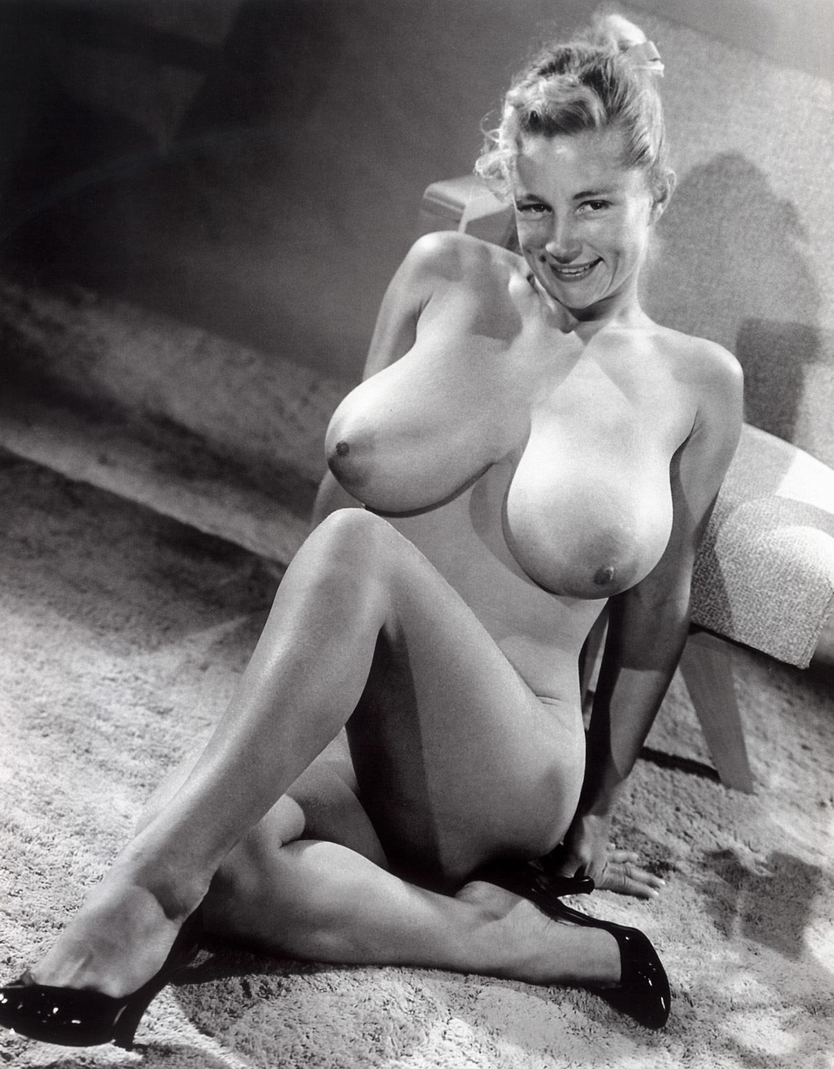 Vintage,Retro And Modern Day Boobs Virgina Bell-4858