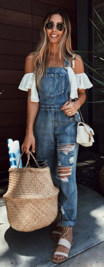 Cute Denim Outfit To Try Out This Summer