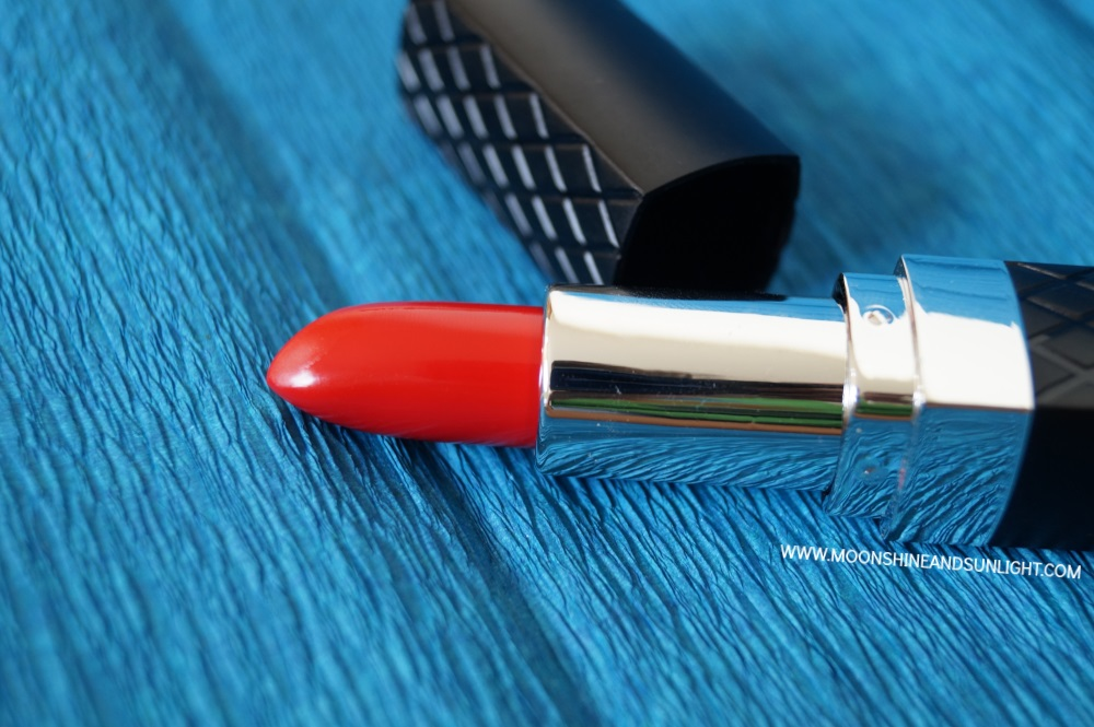 Bellapierre Cosmetics Mineral lipstick in Ruby || Review & Swatch