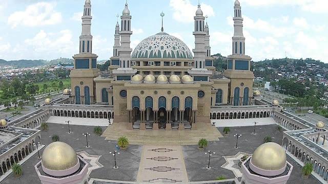 http://www.wisatakalimantan.com/2016/07/masjid-islamic-center-samarinda-kalimantan-timur.html