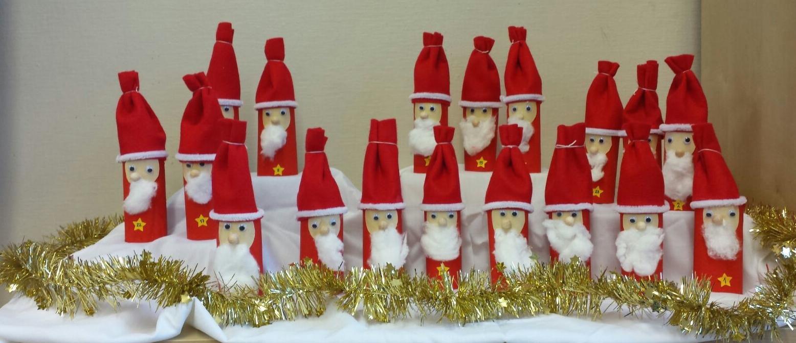 Weihnachtsmann Adventskalender Basteln.Adventskalender Weihnachtsmann Klassenkunst