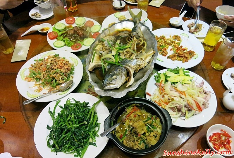 Kim Do Restaurant, Da Nang, Vietnam, My Khe Beach, Da Nang, Vietnam, Dragon Bridge, Han River, Kim Do Restaurant, A La Carte Da Nang Beach