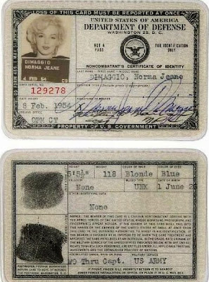 passport antik marilyn monroe