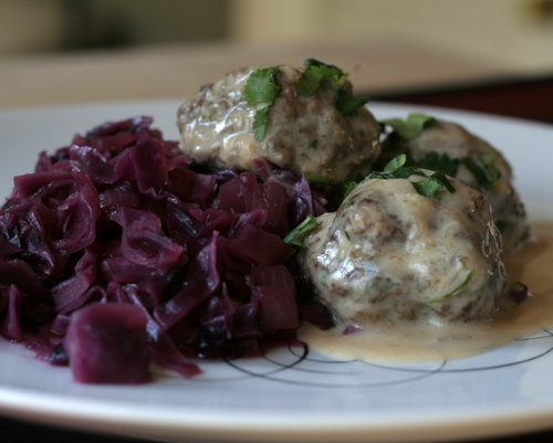 Finnish Meatballs ♥ KitchenParade.com, three tricks to produce tender, flavorful meatballs, then cloak them a creamy sauce for a traditional Finnish Christmas meal. Easily made ahead of time, perfect for entertaining. Low Carb. High Protein.