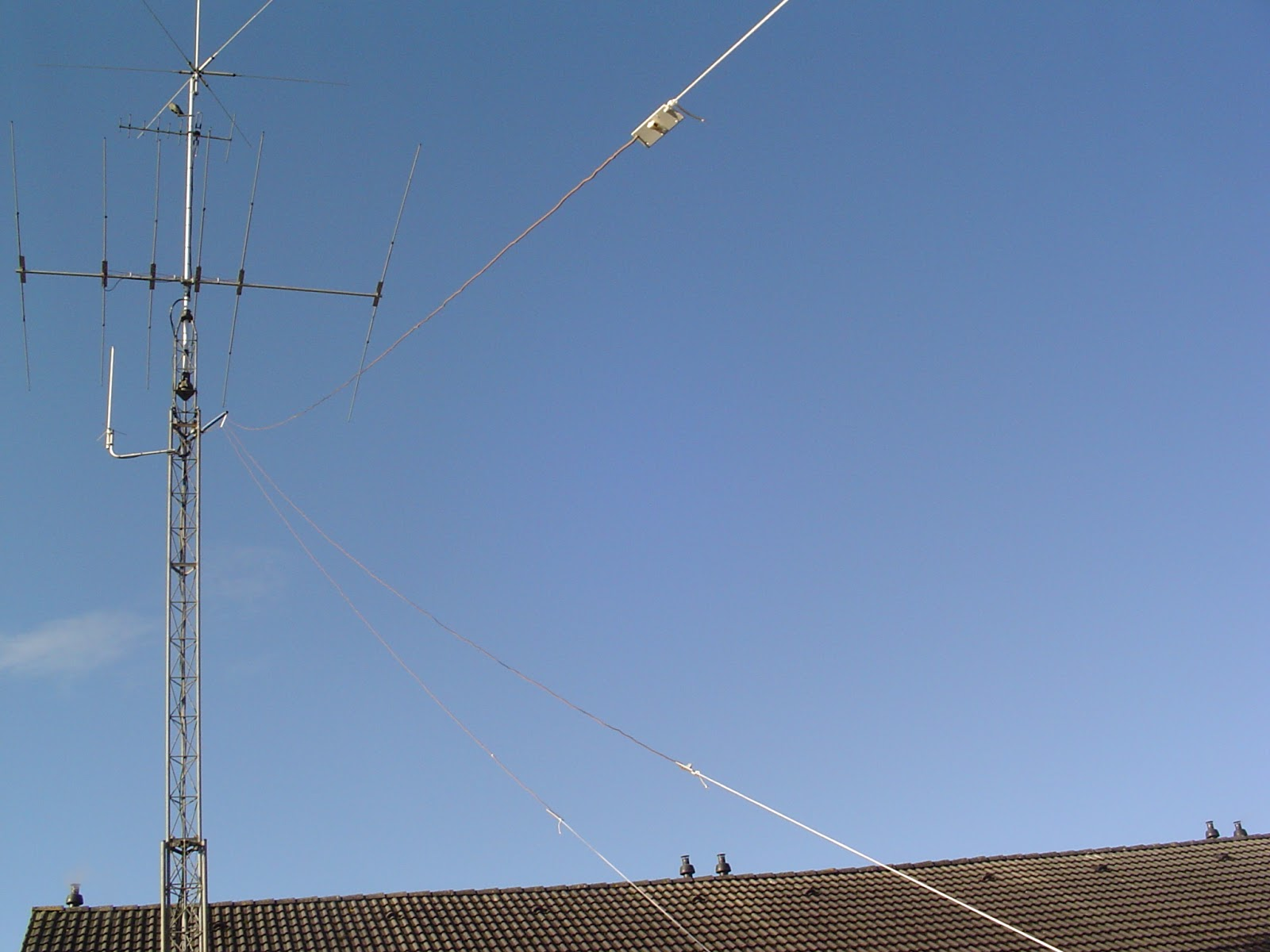 PE4BAS Amateur Radio Weblog: Old antenna tower pictures (2)