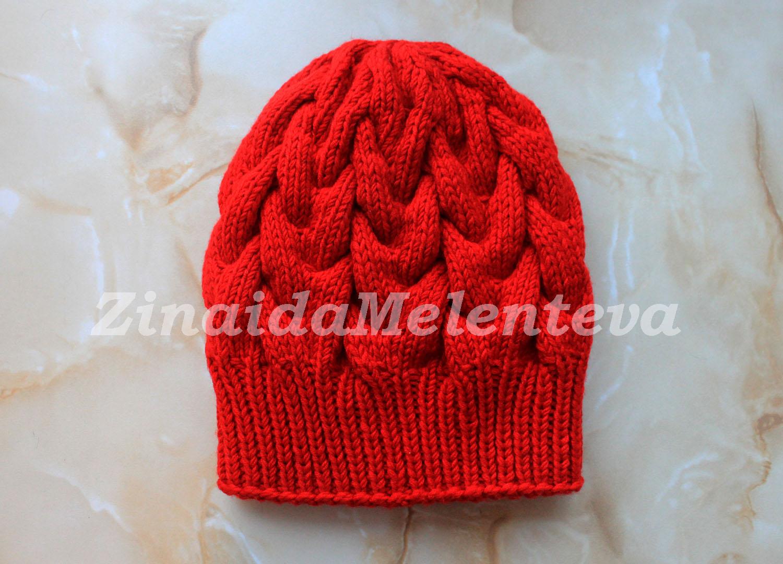 1000 идей для вязания спицами красная шапка с объёмными косами