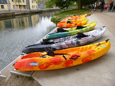 Kayaks on the Grand Canal in Dublin