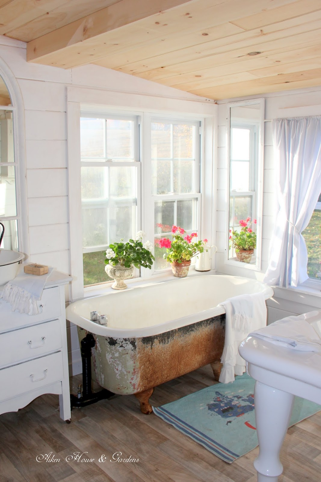 Aiken House & Gardens: Cottage Bathroom Makeover