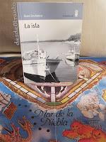 Portada de La isla de Giani Stuparich