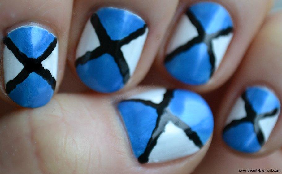 geometrical nail art