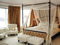 Ranjang Kanopi Pada Design Interior Kamar Tidur